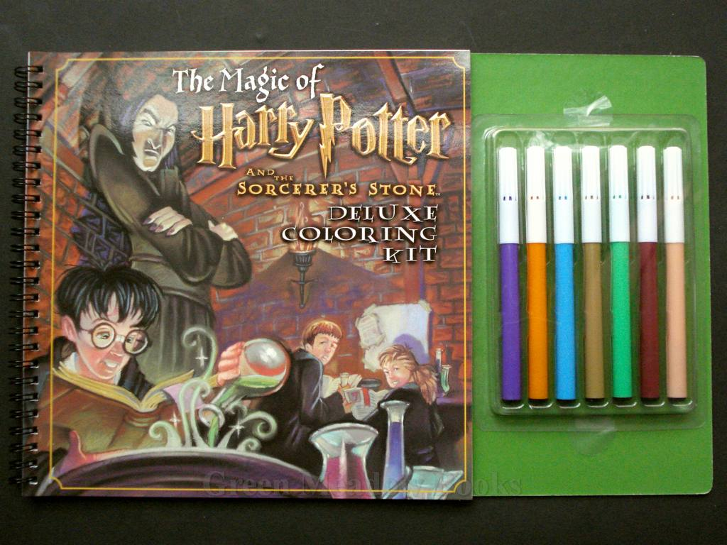 Image for THE CREATURES OF HARRY POTTER AND THE SORCERER'S STONE DE LUXE COLOURING KIT