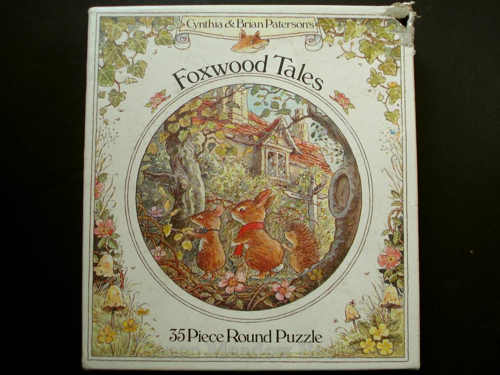 Image for FOXWOOD TALES, CIRCULAR JIGSAW PUZZLE 4723/3